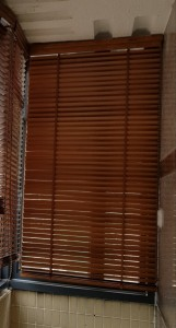 35mm 木百葉簾,粗梯帶,重拉珠鍊,一次過可控制上落和光暗!