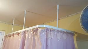 圍床布簾、吊天花路軌連安裝