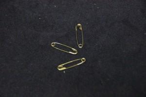 2cm金色如針